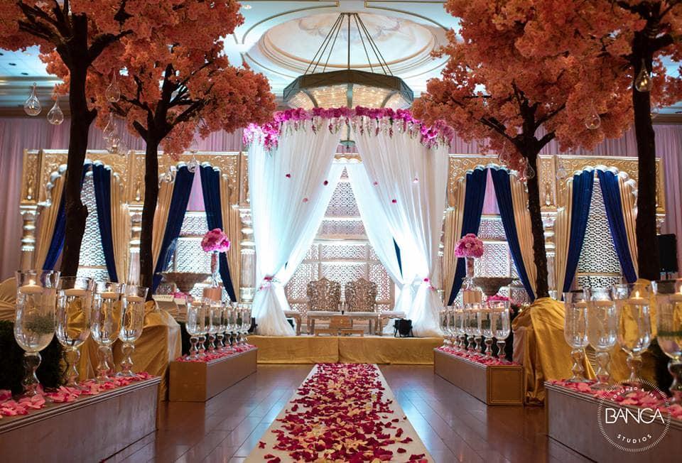 mesmerizing wedding decor!:banga studios