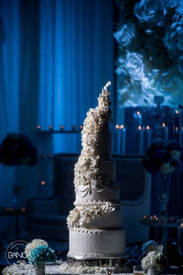 the grand wedding cake!:banga studios
