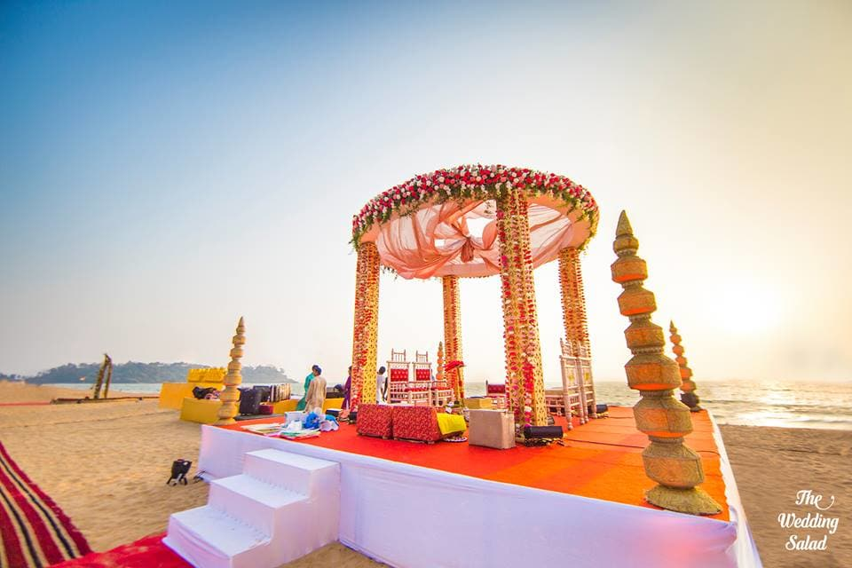 the beach wedding!:priyal prakash house of design, the wedding salad, manish malhotra, anita dongre, gaurav gupta designer