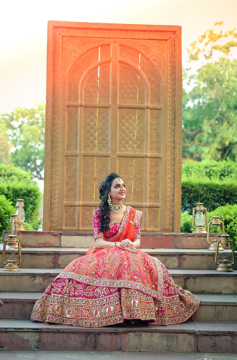 the mesmerizing bride!:dipak studios wedding photography