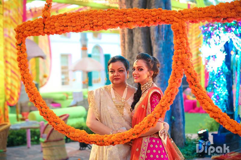 the charming bride!:dipak studios wedding photography