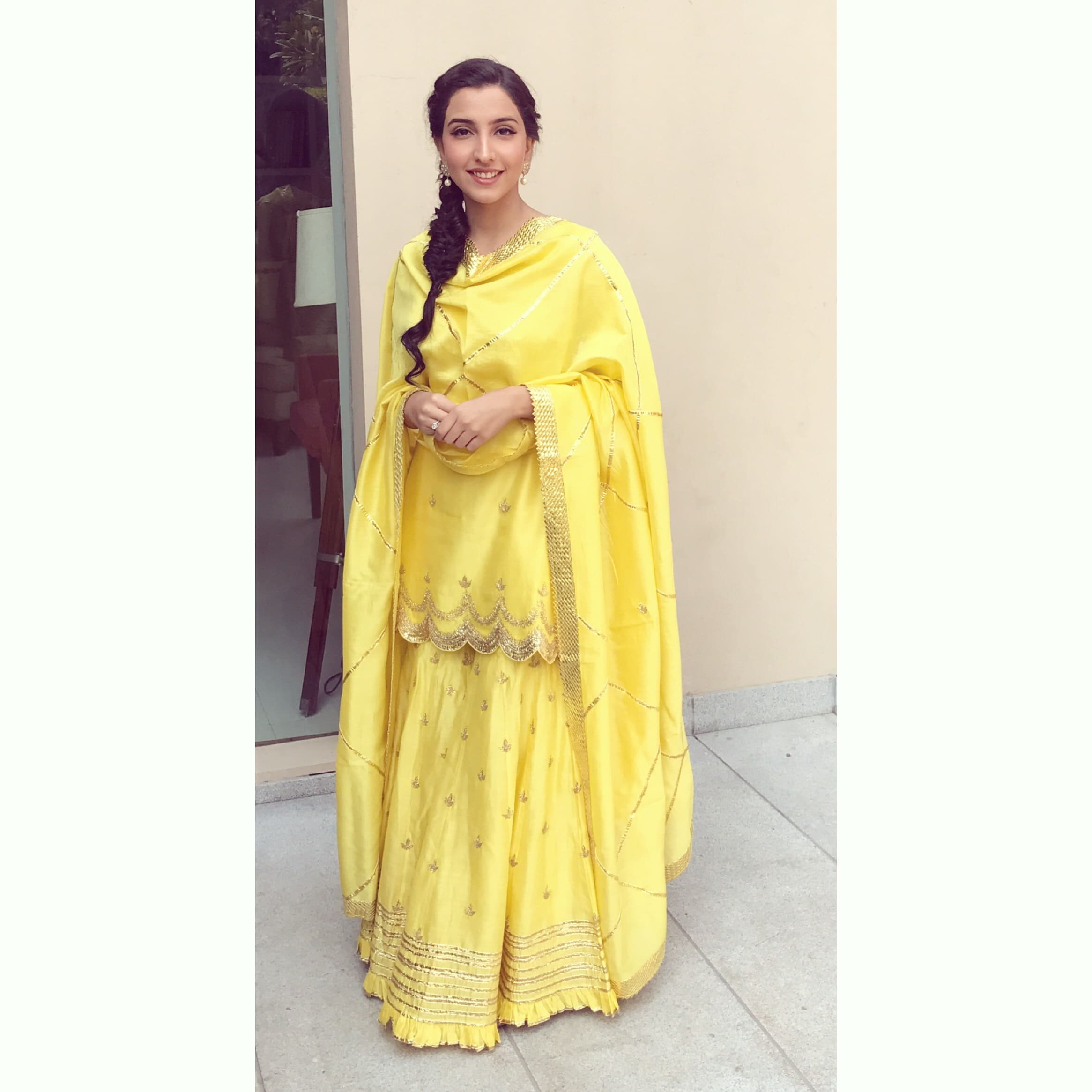 the bride gayatri!:tarun tahiliani, rajkamal studio, jasmeet kapany hair and makeup