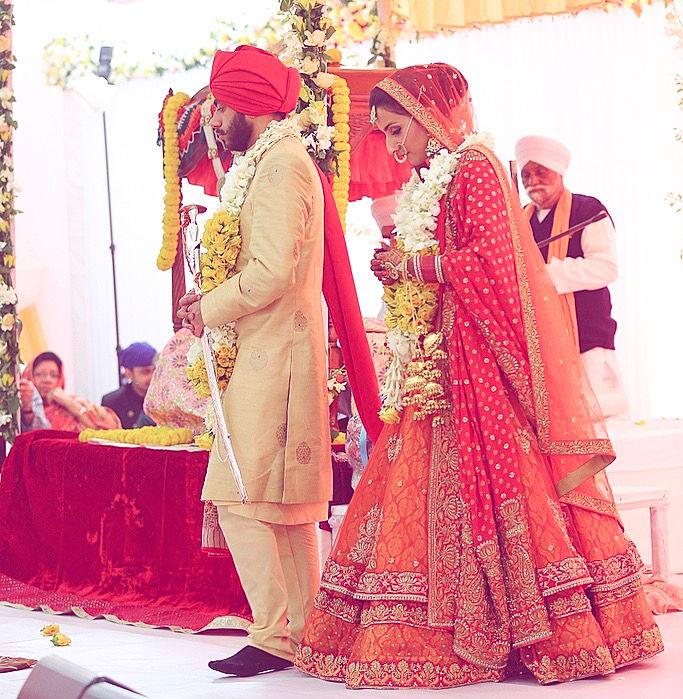 the wedding ceremony!:tarun tahiliani, rajkamal studio, jasmeet kapany hair and makeup