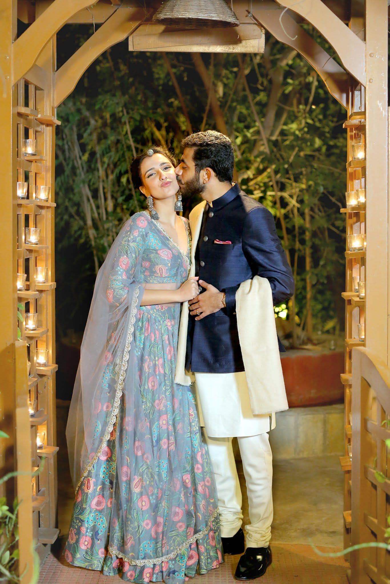 the lovebirds!:tarun tahiliani, rajkamal studio, jasmeet kapany hair and makeup