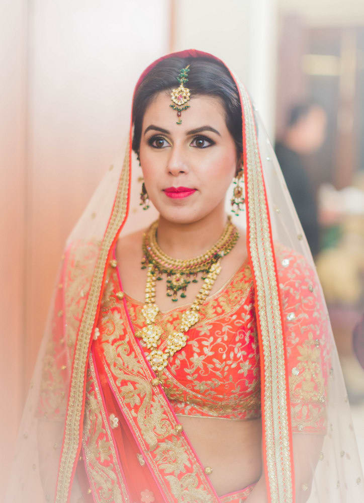 the charming bride!:new variety decorators pvt ltd, diwan saheb, mahima bhatia photography