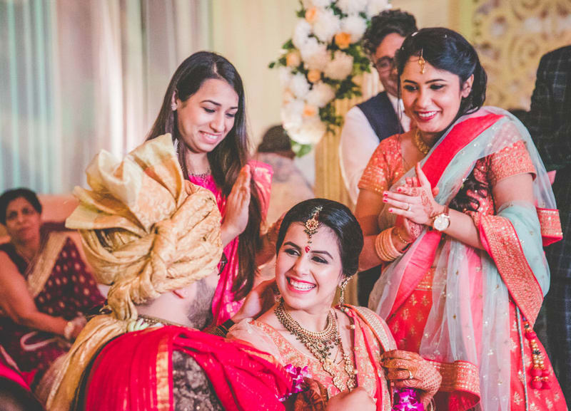 the charming bride!:new variety decorators pvt ltd, diwan saheb, mahima bhatia photography