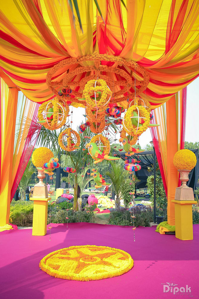 the wedding decoration ideas!:rakyans fine jewellery, dipak studio and colour lab pvt ltd, saltt catering, house of design, sabyasachi couture pvt ltd, devika sakhuja