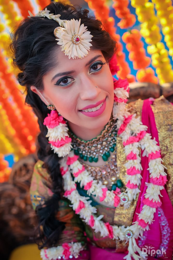 the pretty bride!:rakyans fine jewellery, dipak studio and colour lab pvt ltd, saltt catering, house of design, sabyasachi couture pvt ltd, devika sakhuja