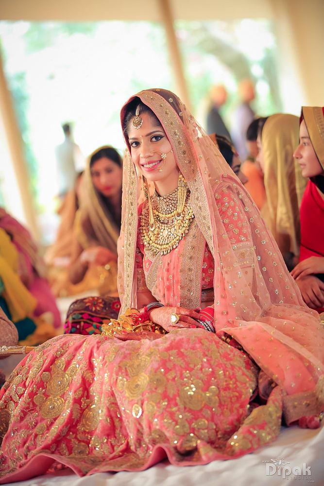 the elegant bride!:rakyans fine jewellery, dipak studio and colour lab pvt ltd, saltt catering, house of design, sabyasachi couture pvt ltd, devika sakhuja