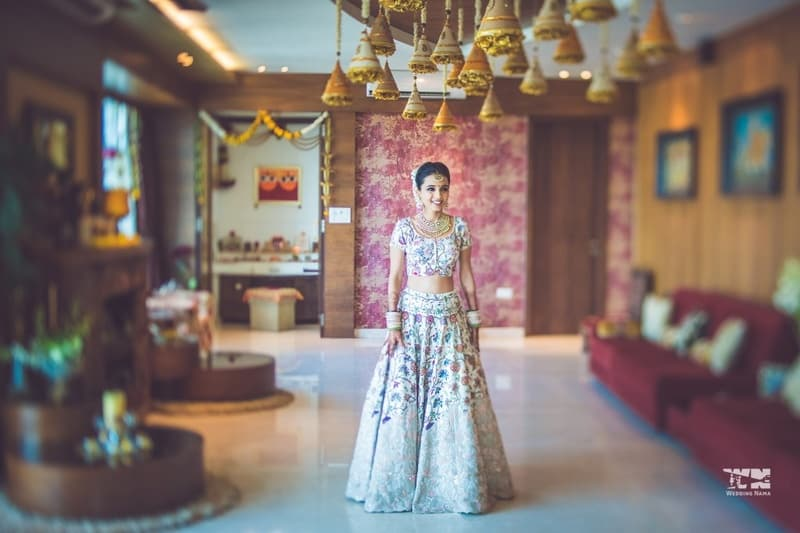 the ethereal bride!:abu jani sandeep khosla, manish malhotra, tarun tahiliani, aza fashion pvt ltd, weddingnama