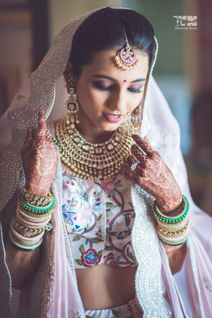 the bridal jewellery!:abu jani sandeep khosla, manish malhotra, tarun tahiliani, aza fashion pvt ltd, weddingnama