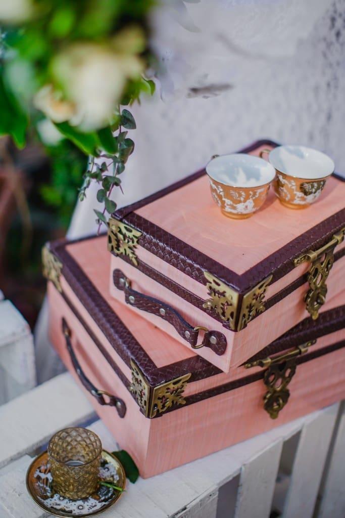 the wedding accessories!:abu jani sandeep khosla, manish malhotra, tarun tahiliani, aza fashion pvt ltd, weddingnama