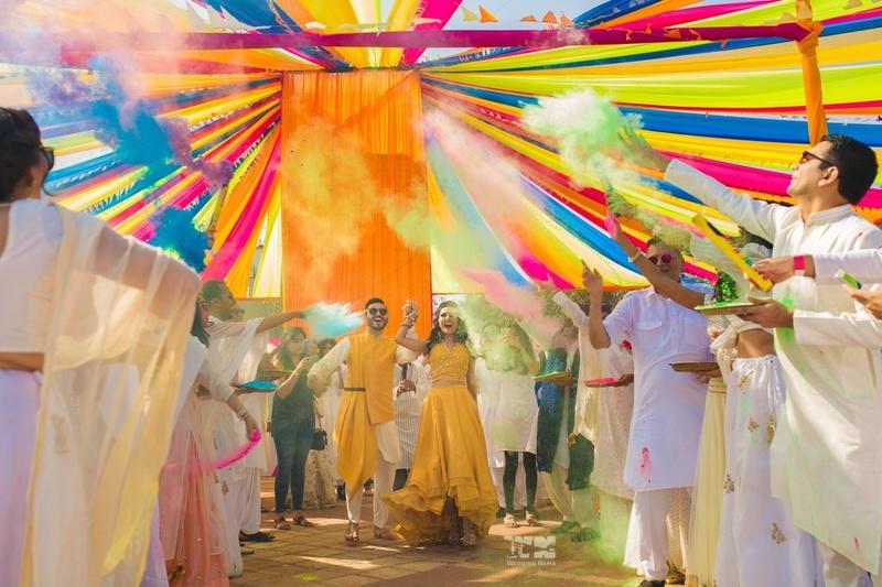 the perfect holi wedding!:abu jani sandeep khosla, manish malhotra, tarun tahiliani, aza fashion pvt ltd, weddingnama