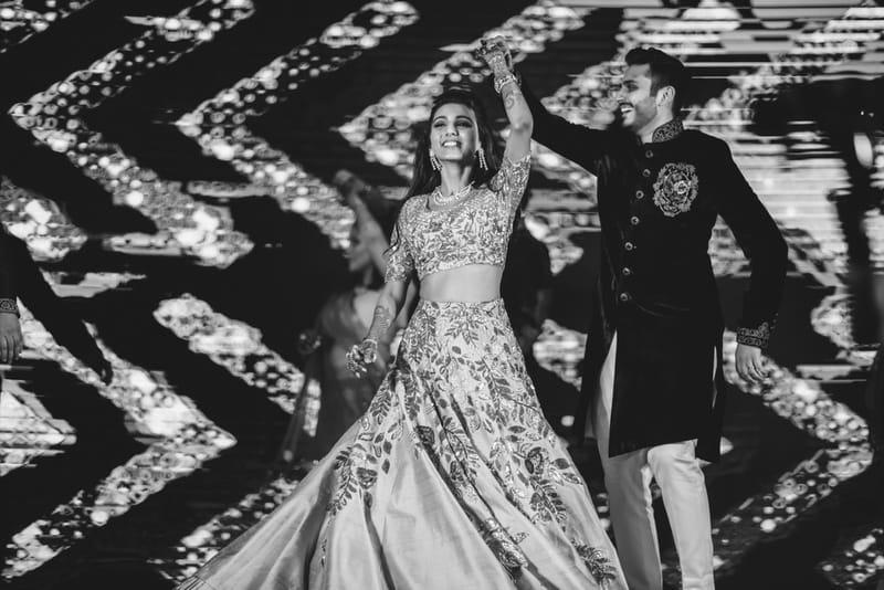 the perfect couple!:abu jani sandeep khosla, manish malhotra, tarun tahiliani, aza fashion pvt ltd, weddingnama