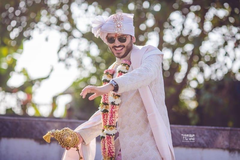 the dapper groom!:abu jani sandeep khosla, manish malhotra, tarun tahiliani, aza fashion pvt ltd, weddingnama