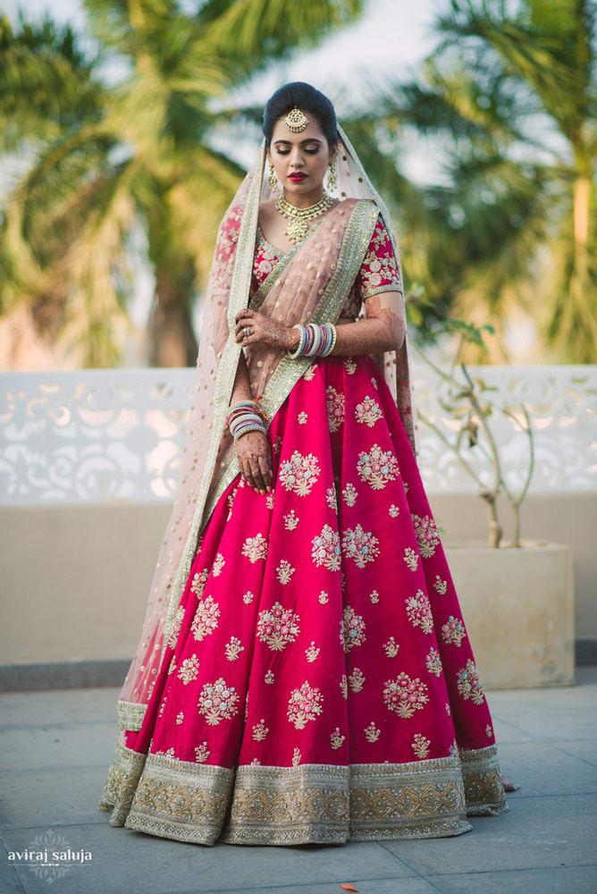 the stunner bride!:aviraj saluja, shyamal and bhumika, makeup by reema patil, sabyasachi couture pvt ltd, dolly j