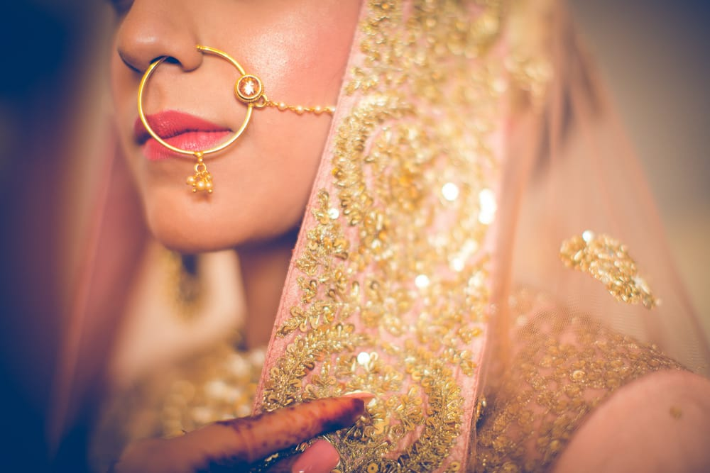 the bridal jewellery!:raju mehandi arts, the piccadily, mahima bhatia photography, sabyasachi couture pvt ltd, qbik, falguni and shane peacock