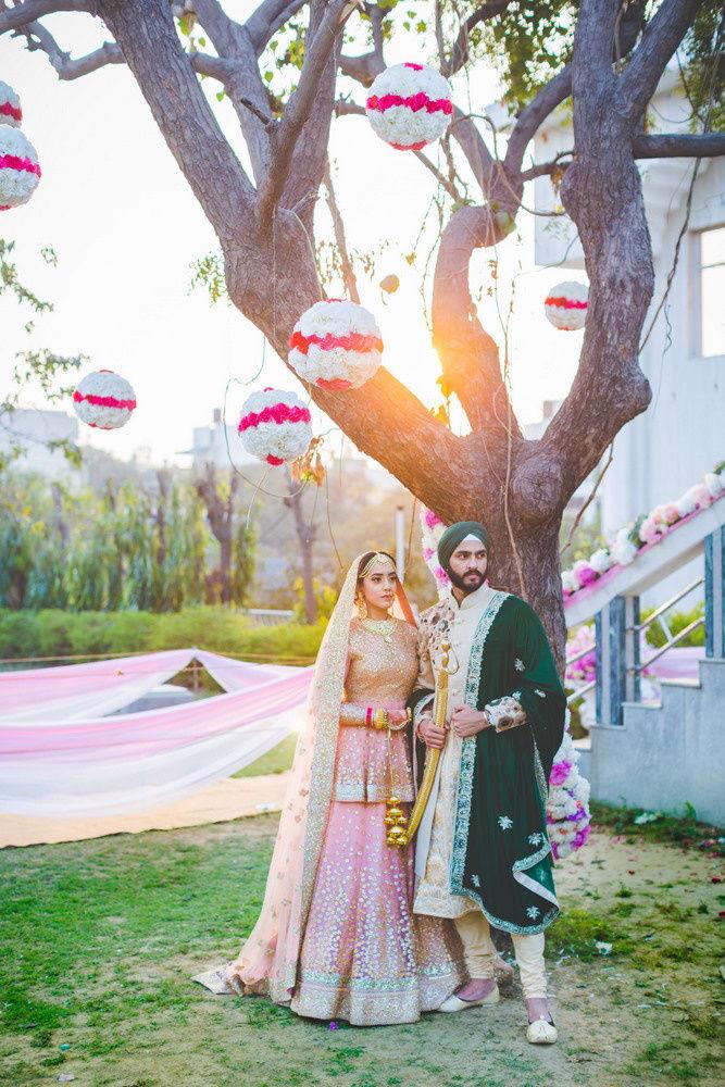 the sikh couple!:raju mehandi arts, the piccadily, mahima bhatia photography, sabyasachi couture pvt ltd, qbik, falguni and shane peacock
