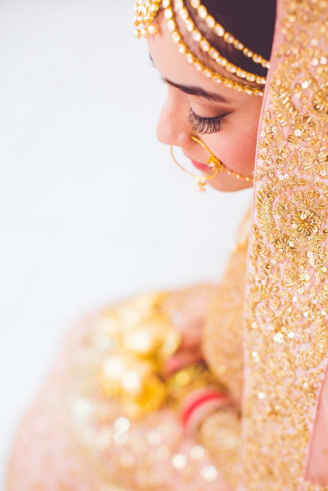 the wedding jewellery!:raju mehandi arts, the piccadily, mahima bhatia photography, sabyasachi couture pvt ltd, qbik, falguni and shane peacock