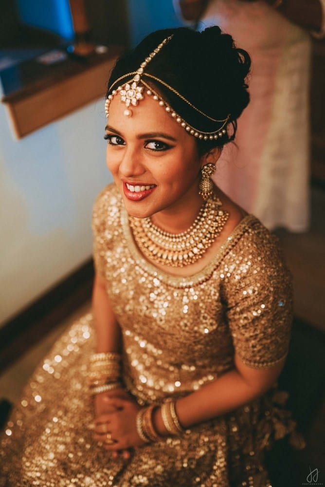 the cutest bride!:malabar gold and diamonds, shyamal and bhumika, sabyasachi couture pvt ltd