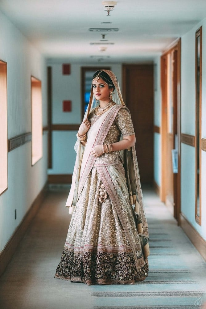 the bride shahziya!:malabar gold and diamonds, shyamal and bhumika, sabyasachi couture pvt ltd