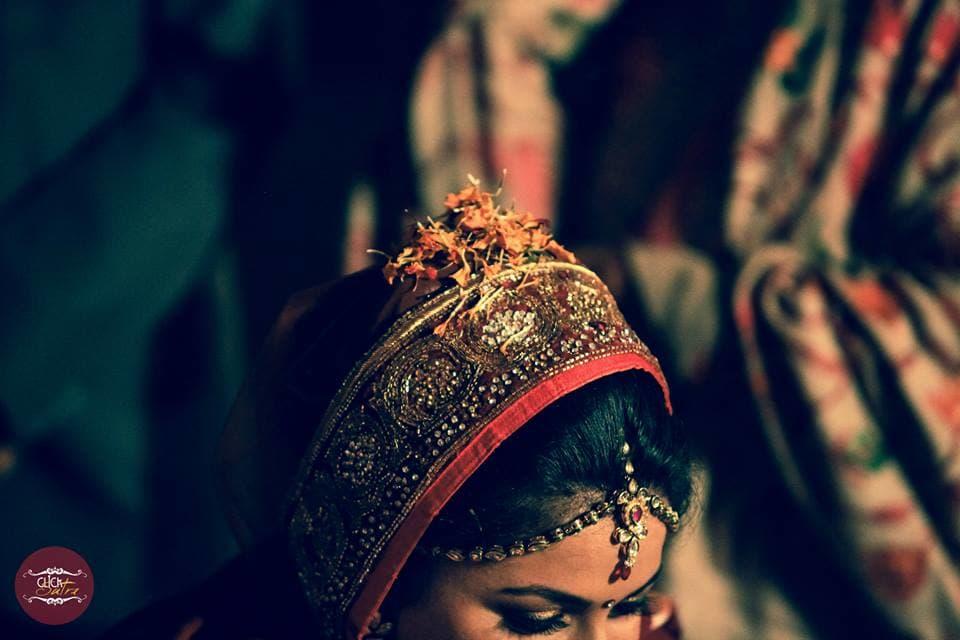 beautiful bridal mangtika:click sutra