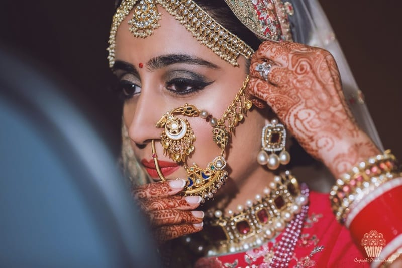 the wedding jewellery!:cupcake productions, manish malhotra, anju modi, sabyasachi couture pvt ltd