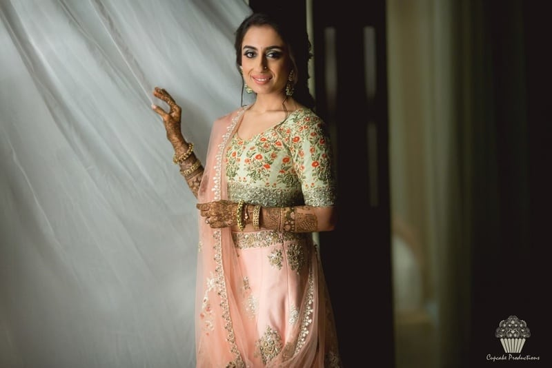 the gorgeous bride!:cupcake productions, manish malhotra, anju modi, sabyasachi couture pvt ltd