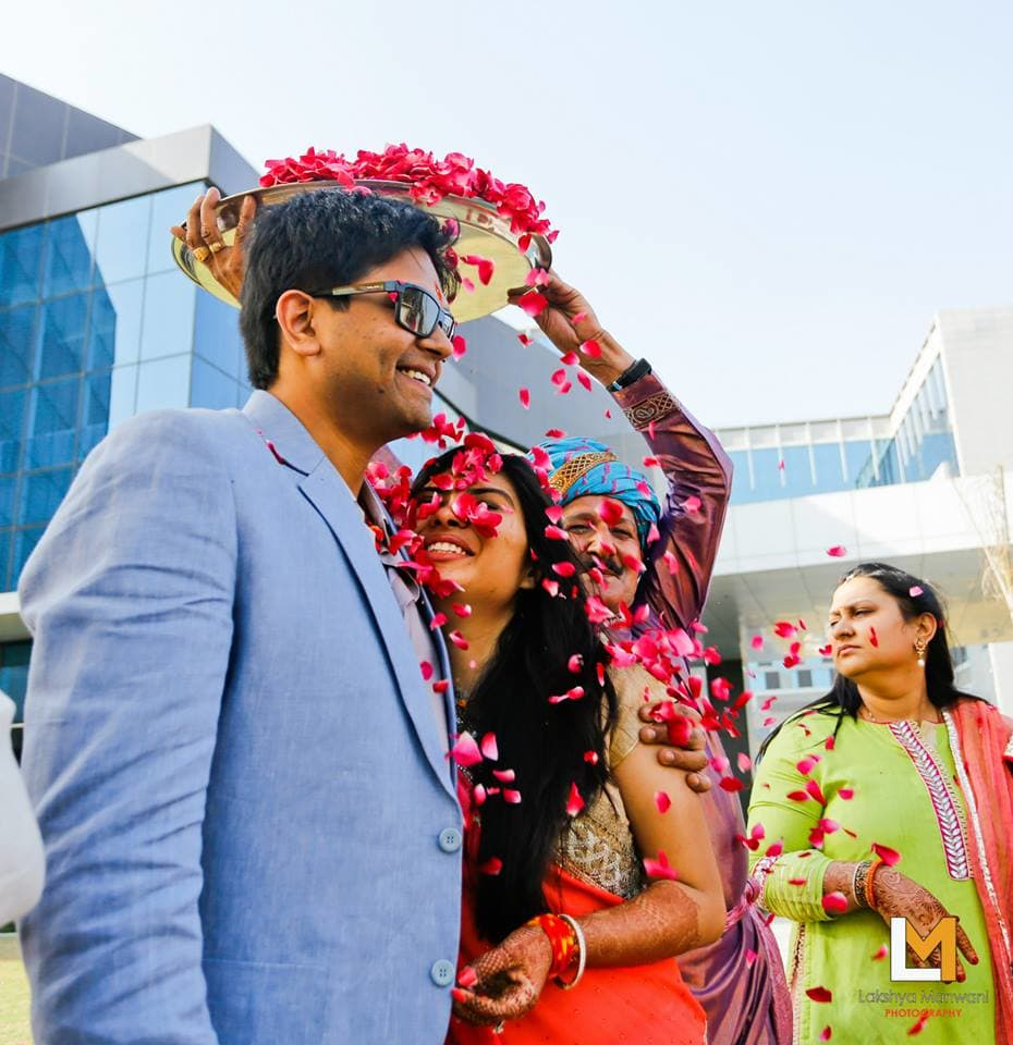 flowers on bride and groom:lakshya manwani photography