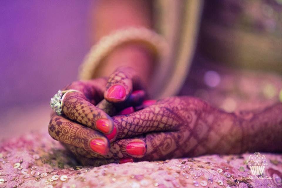 beautiful bridal mehndi:cupcake productions