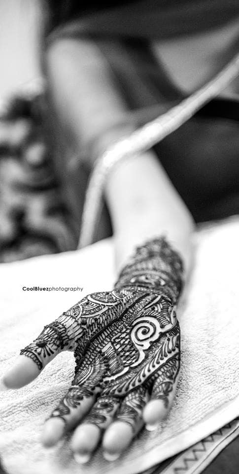 bridal mehndi:coolbluez photography