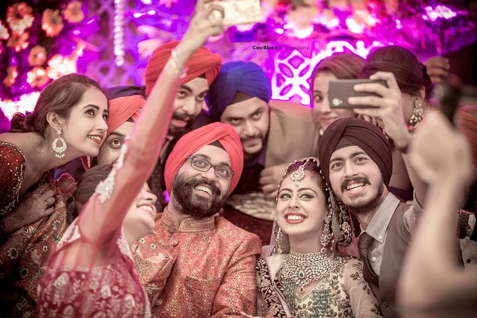 selfie with bride and groom:coolbluez photography