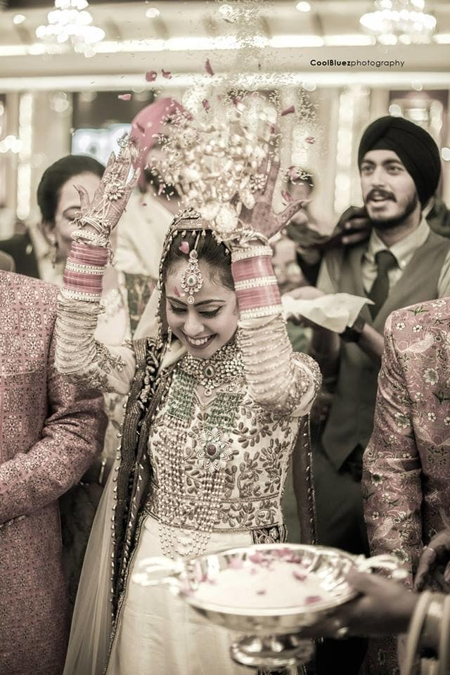 rituals performed by bride:coolbluez photography