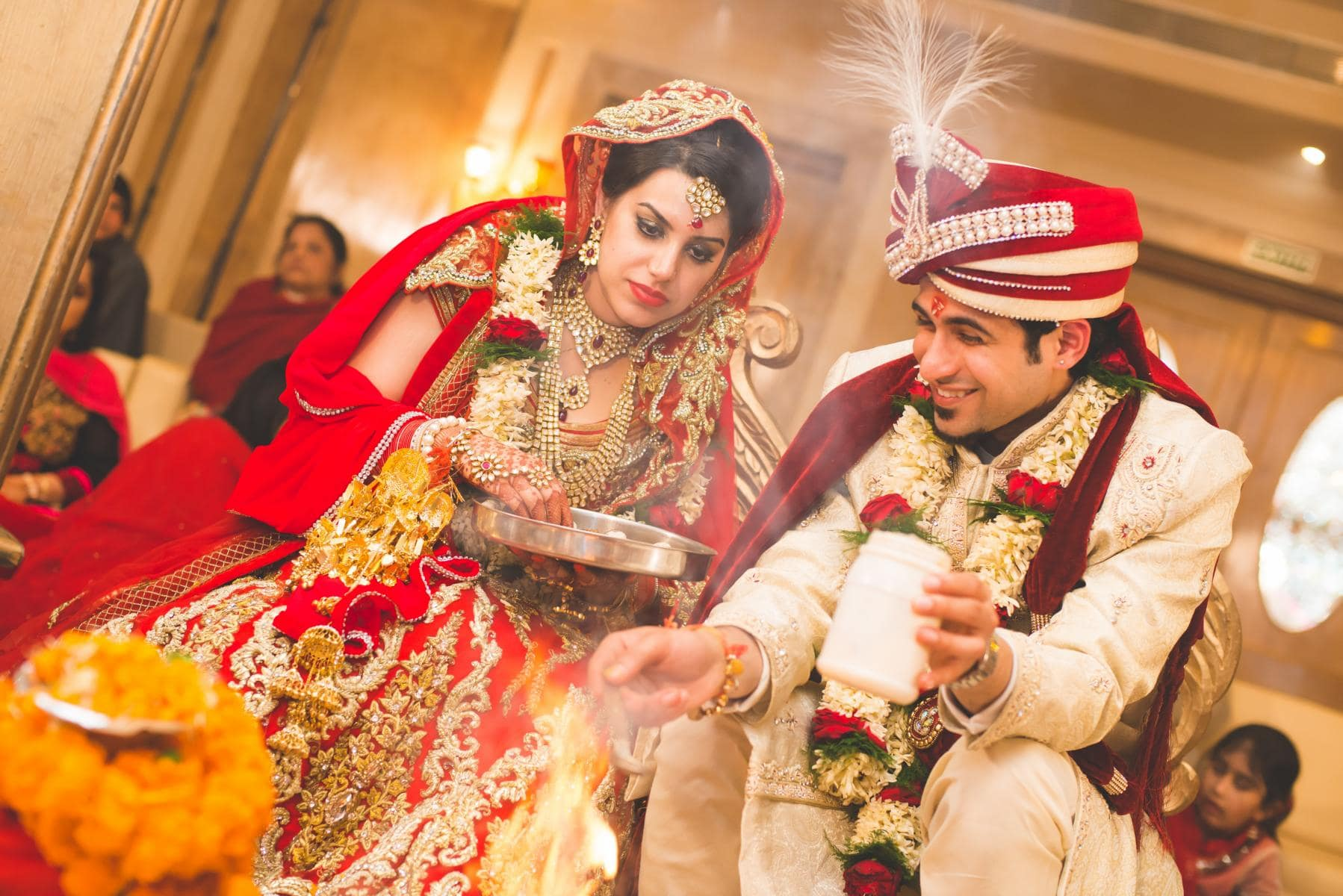 wedding rituals with bride and groom:kuntal mukherjee photography