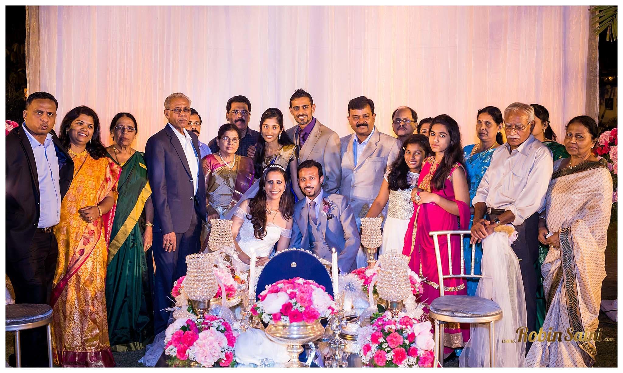 clicks with bride and groom:robin saini photography