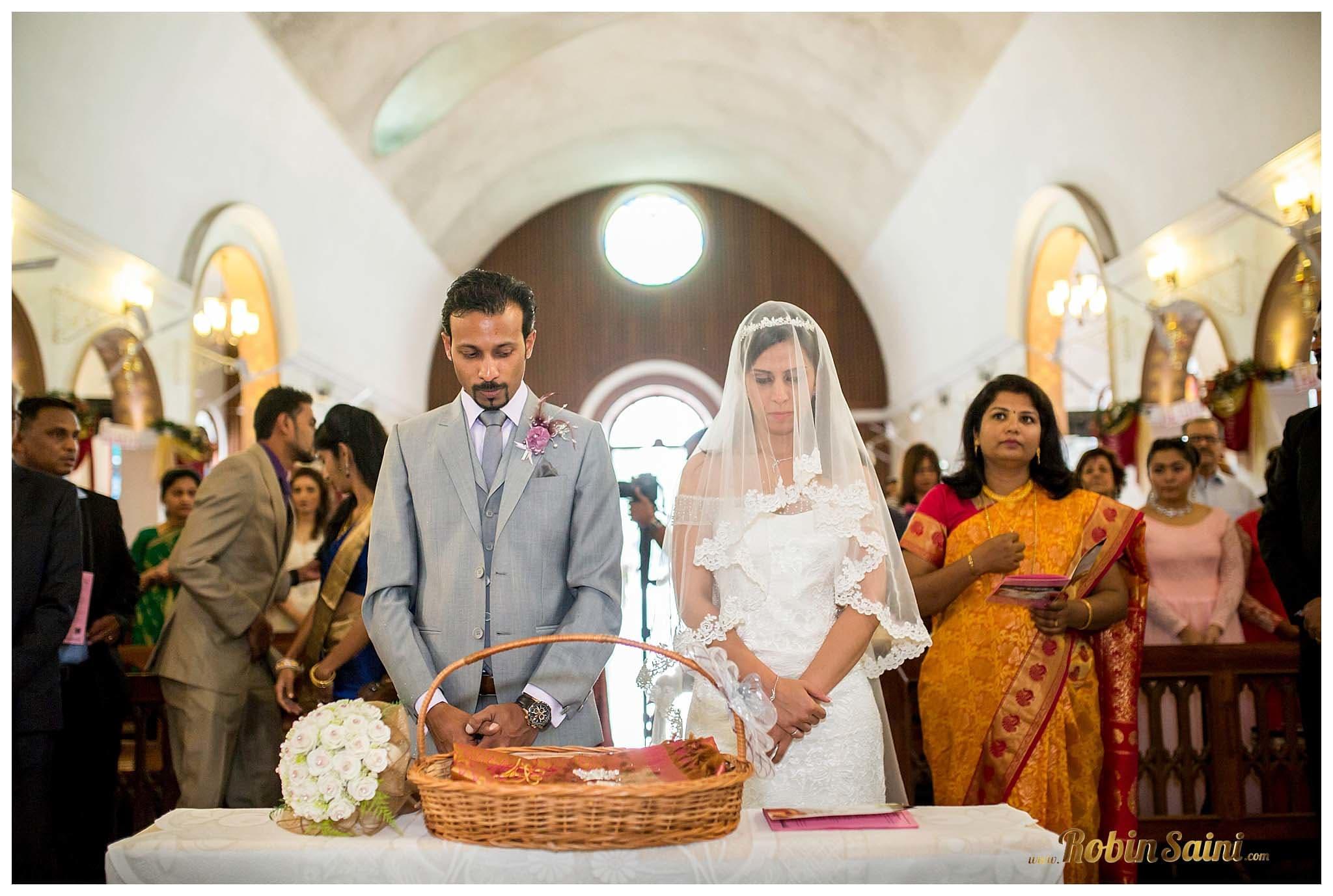 wedding rituals with bride and groom:robin saini photography