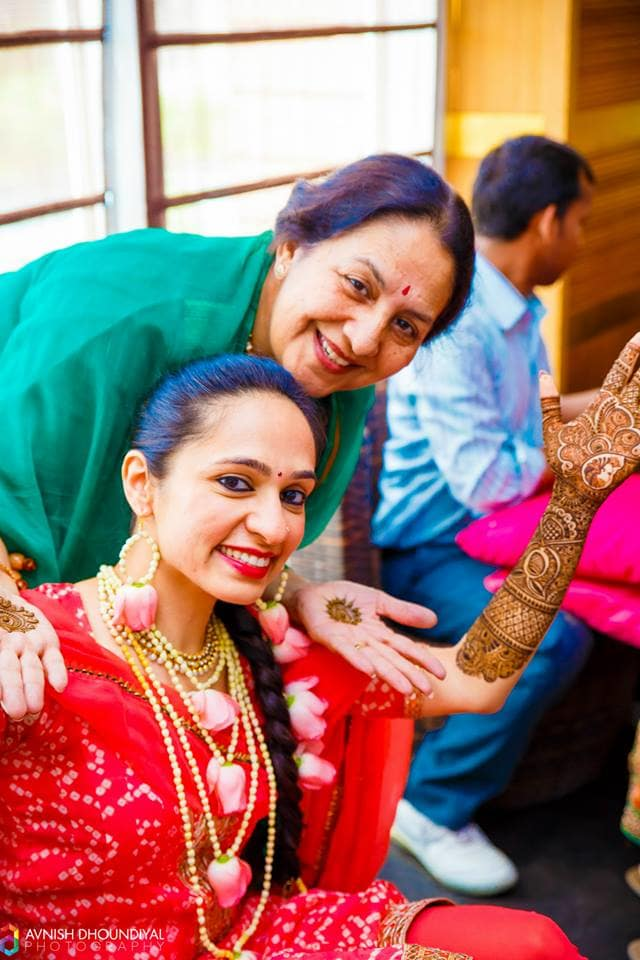 bridal mehandi:avnish dhoundiyal photography