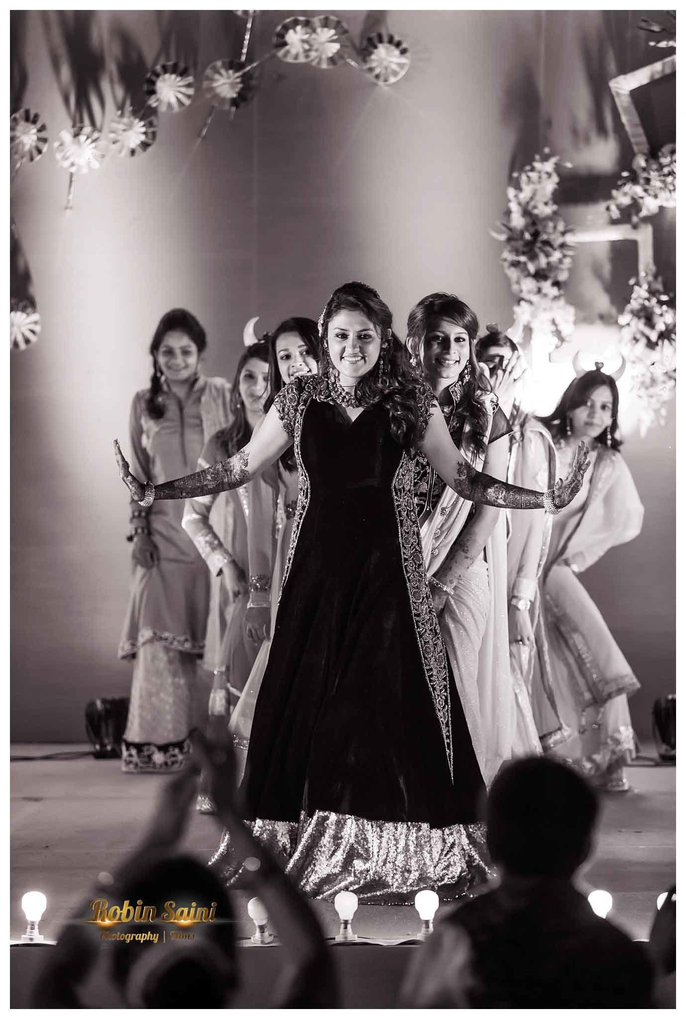 sangeet dance:robin saini photography