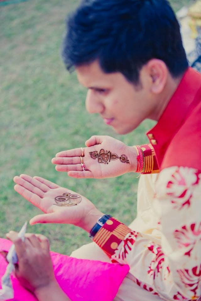 grooms mehndi:mahima bhatia photography