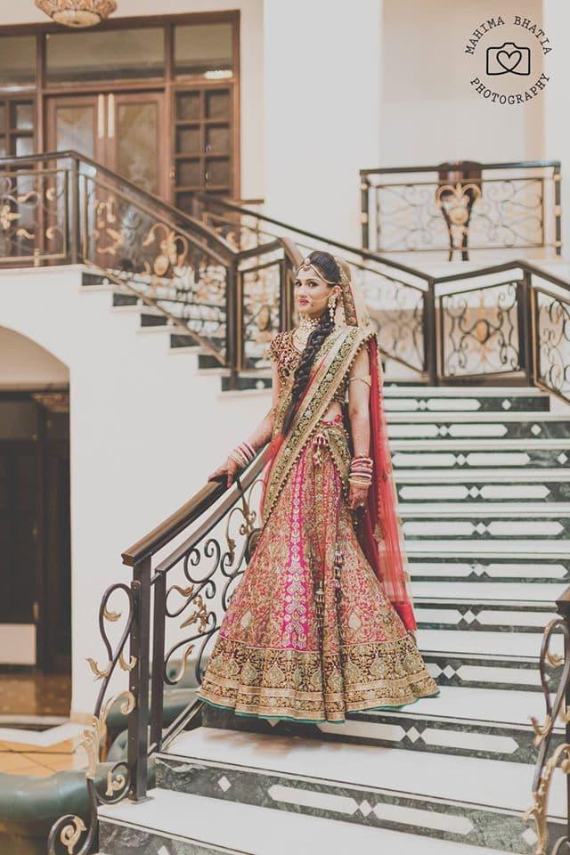 beautiful bridal lehenga:mahima bhatia photography