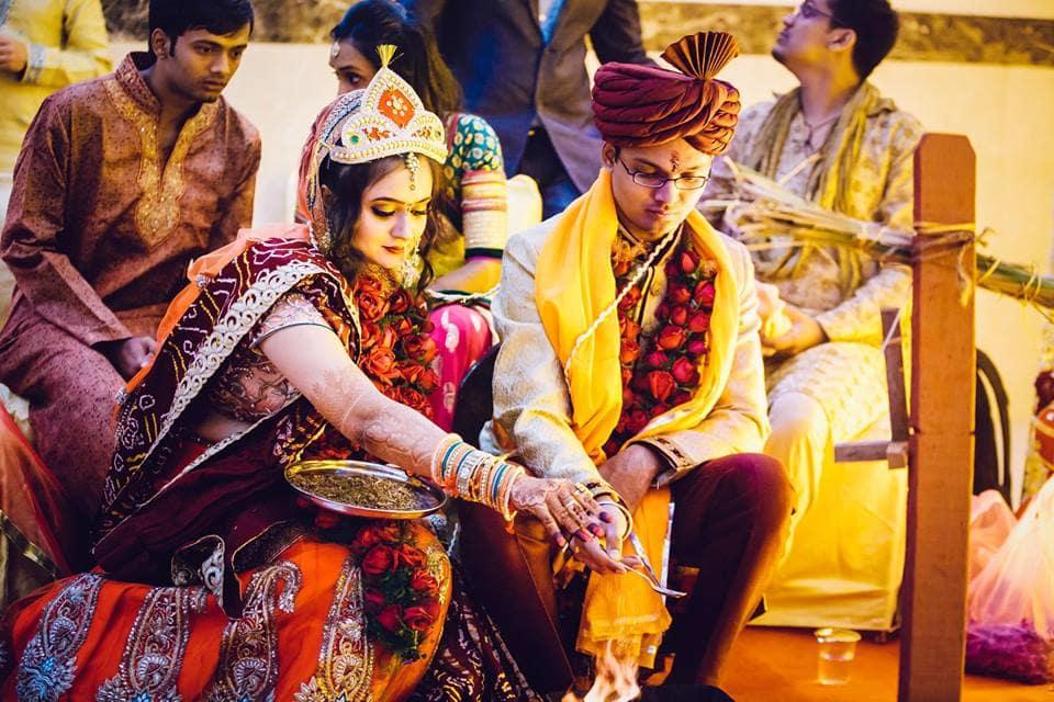 wedding ritual:girl in pink photography