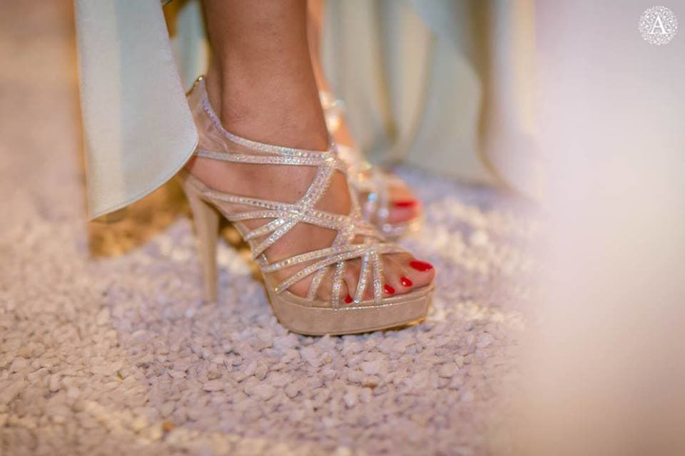 beautiful bridal footwears:amour affairs
