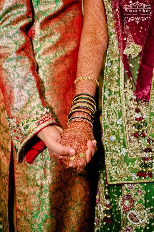 wedding couple holding hands together:amour affairs