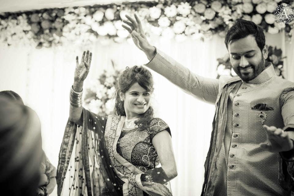 wedding couple dance:amour affairs