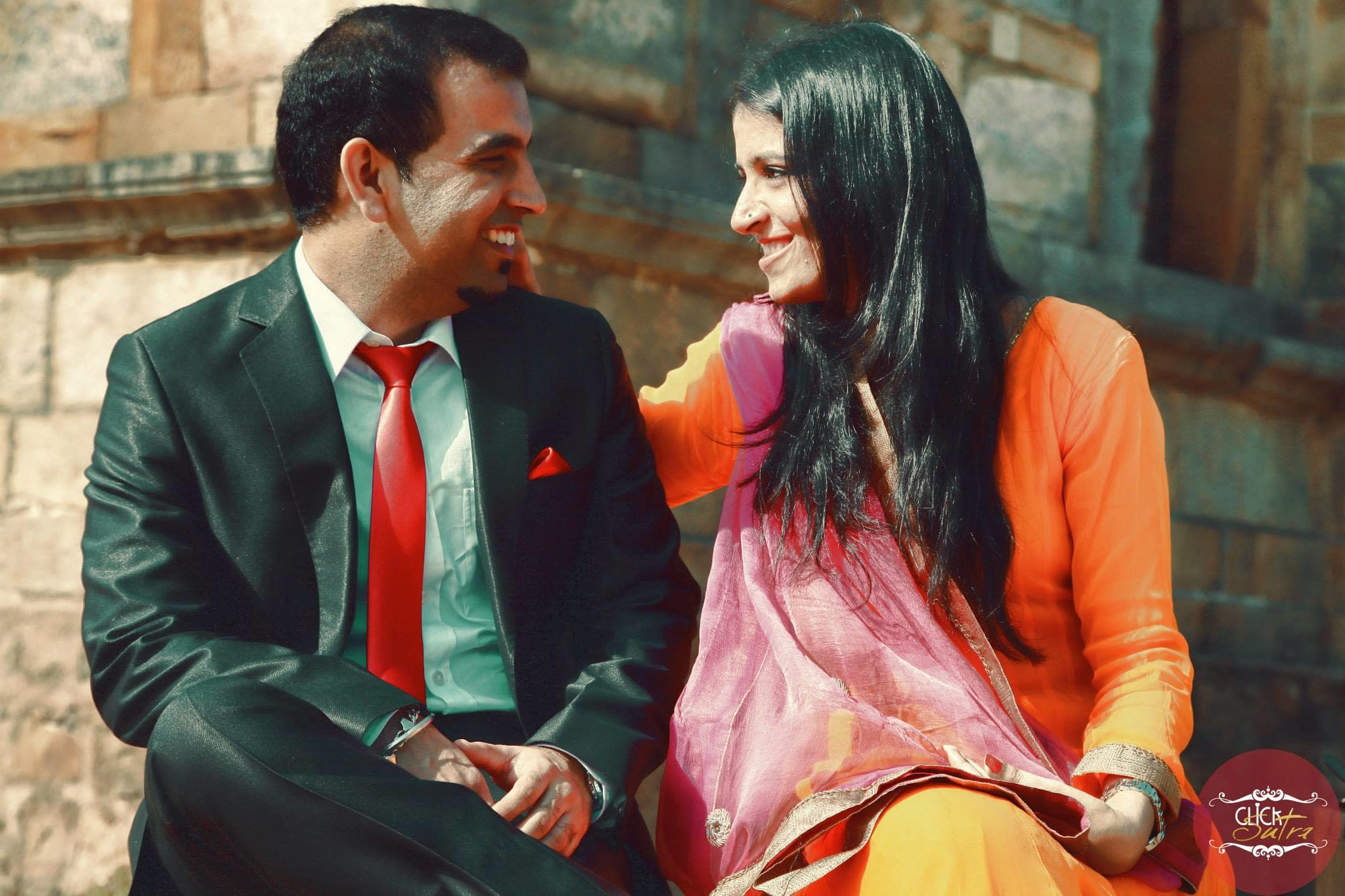 pre wedding loveable clicks:click sutra