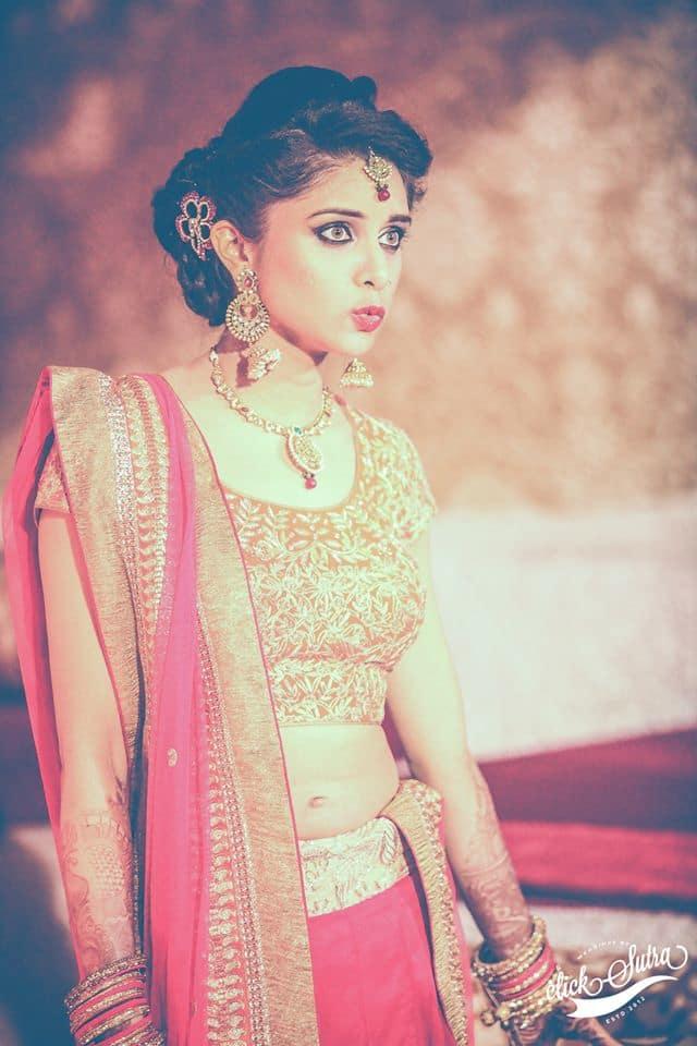 beautiful bridal attire:click sutra