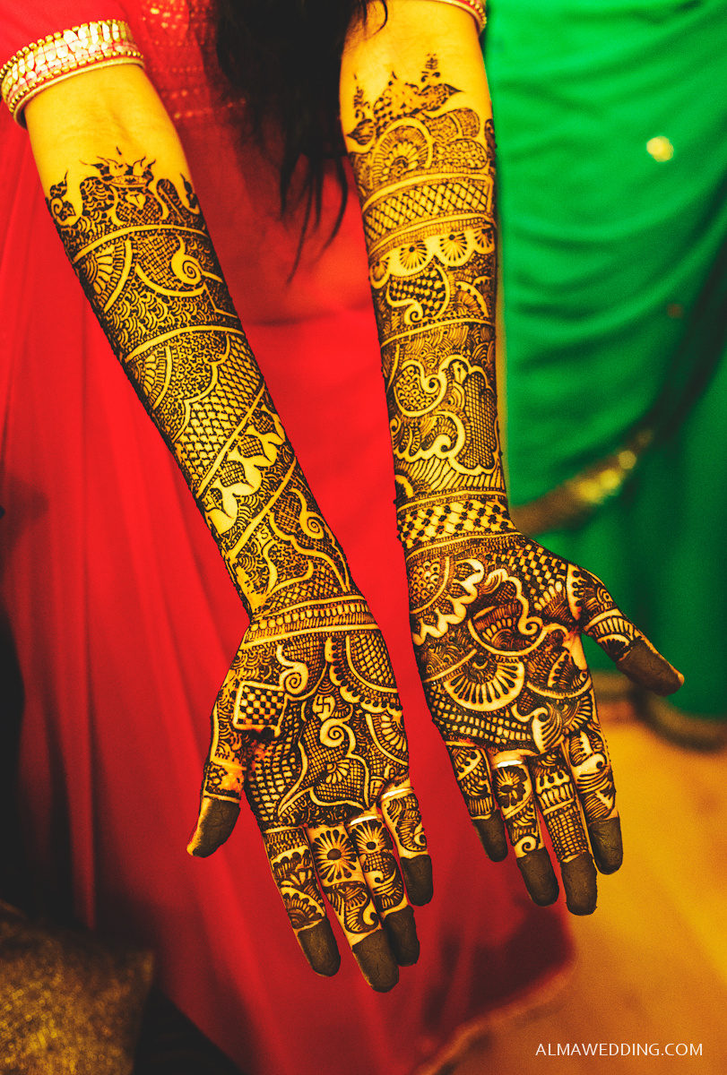bridal mehandi:alma wedding photography