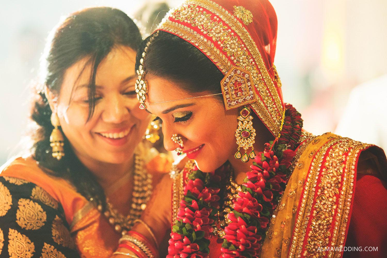 wedding jewellery:alma wedding photography