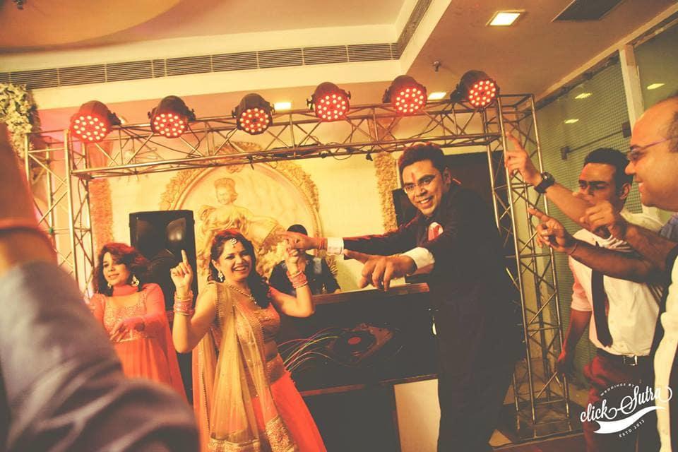 wedding dance:click sutra