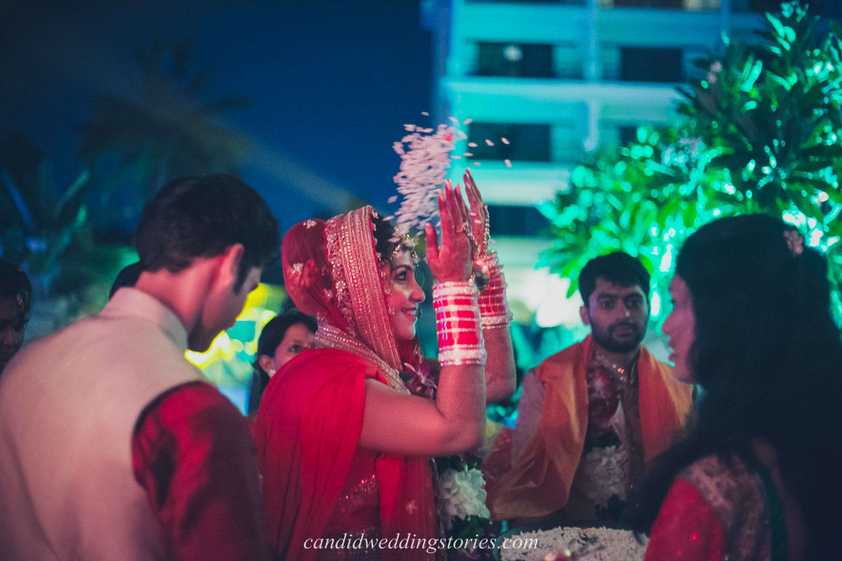 wedding ritual by bride:candid wedding stories